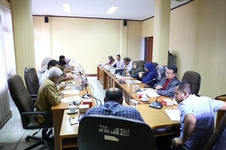 Rapat 2 Phak Panitia Legislasi dengan Pihak terkait dilaksanakan sebelum Pelaksanaan Sosial Distancing
